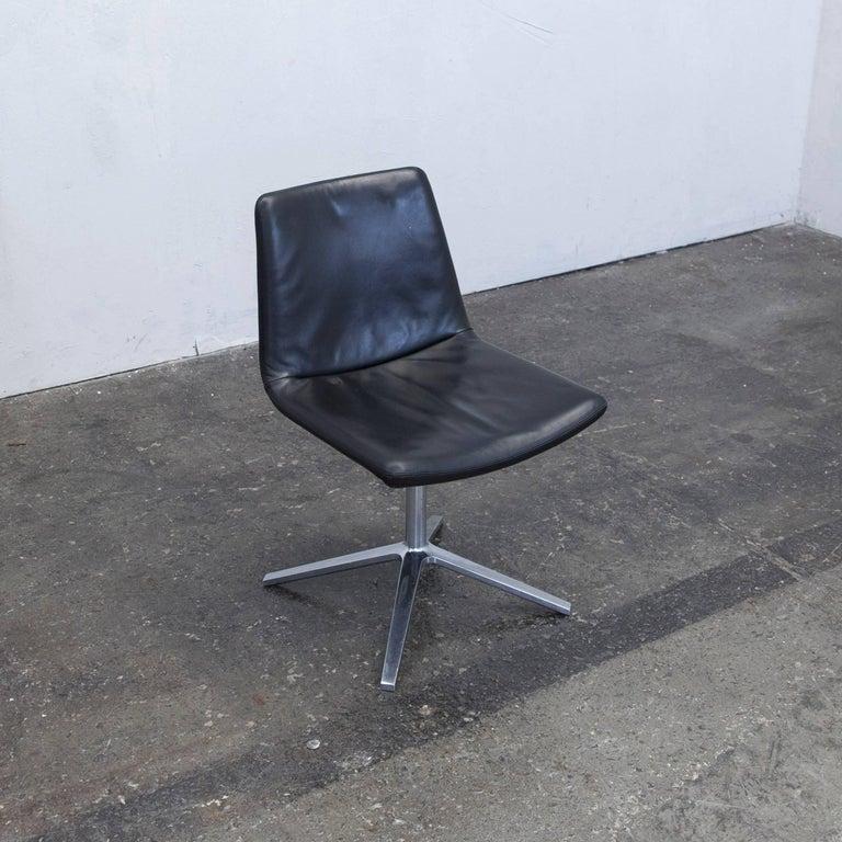 Italian B&B Italia Leather Chair Black Modern Bistro Swiss Air Lounge Zurich Chrome