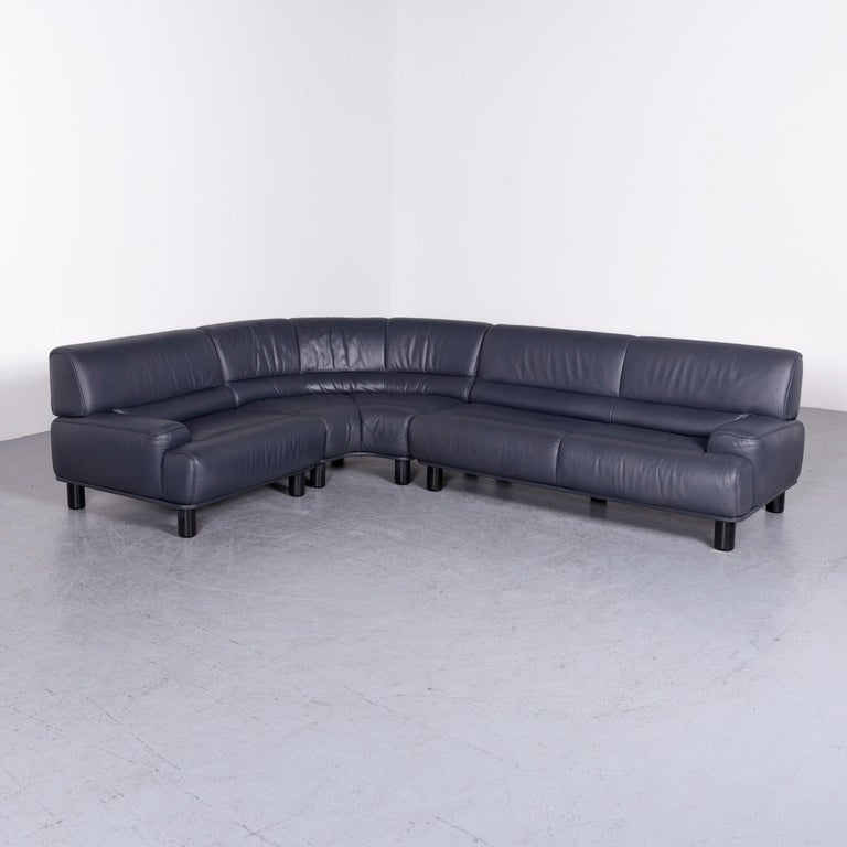 We bring to you a De Sede DS 18 designer leather corner couch sofa.