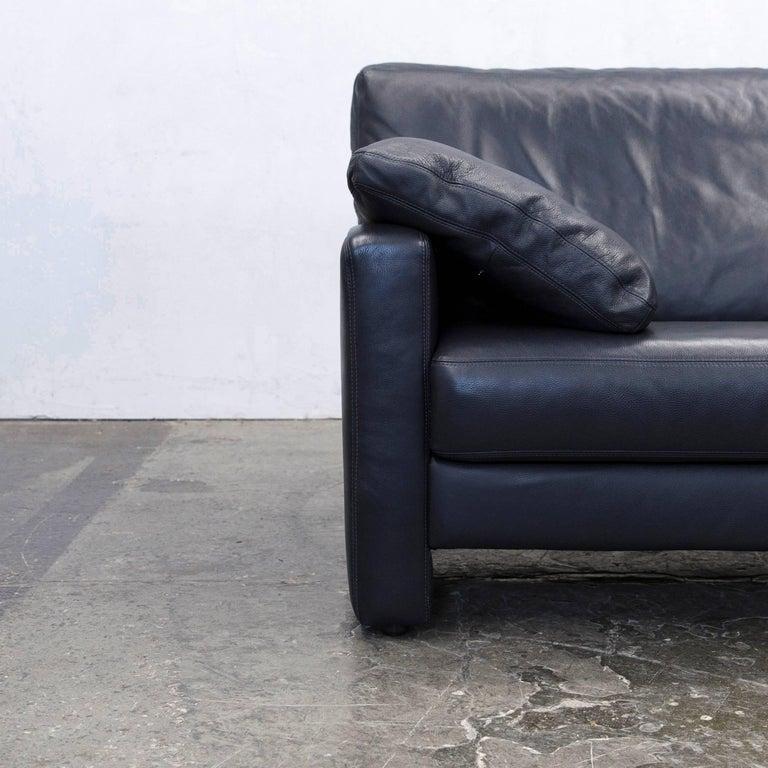 willi schillig designer sofa two seat dark blue leather minimalistic for sale at 1stdibs. Black Bedroom Furniture Sets. Home Design Ideas