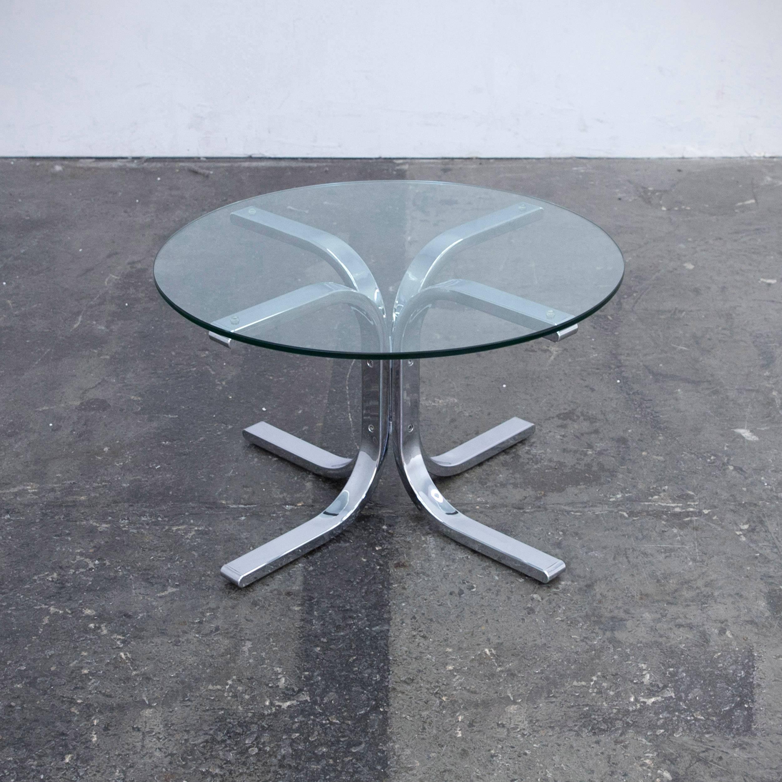 Designer tisch glas amazing nett chrom glas design tisch for Designer tisch glas