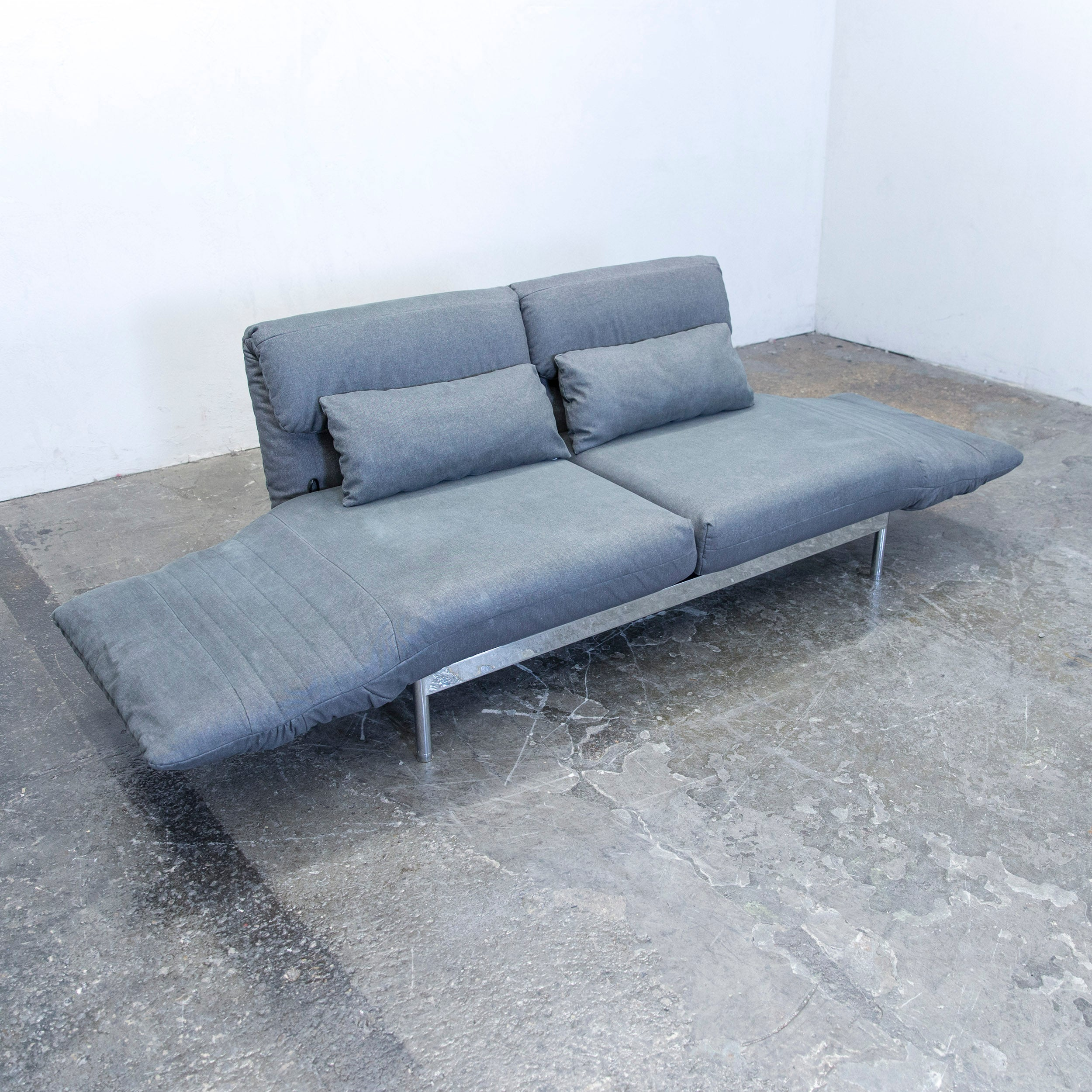 Rolf Benz Plura Designer Fabric Sofa Grey Two Seat Couch Relax Function At  1stdibs