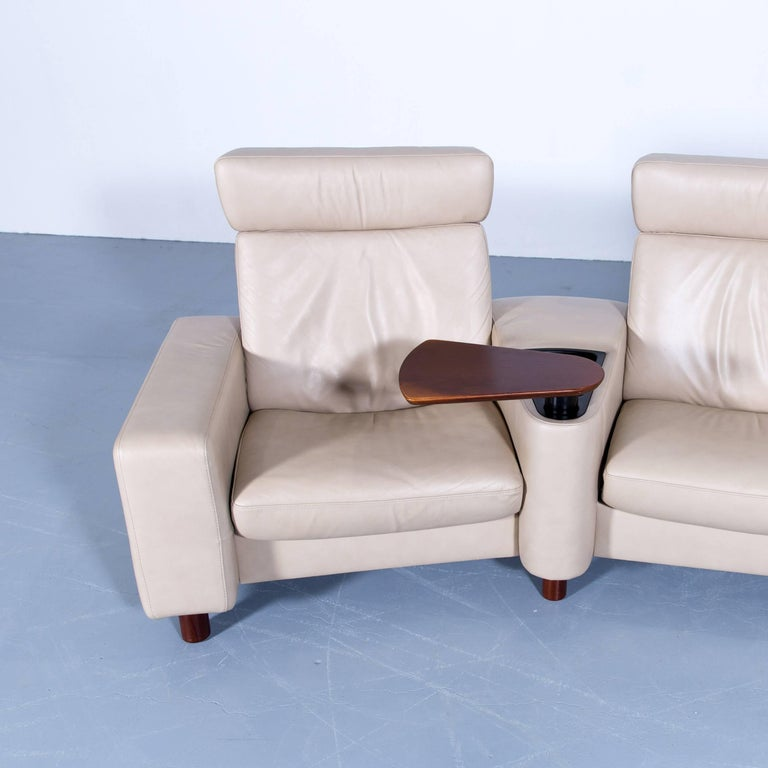 ekornes stressless space relax sofa beige cr me leather tv recliner three seat for sale at 1stdibs. Black Bedroom Furniture Sets. Home Design Ideas