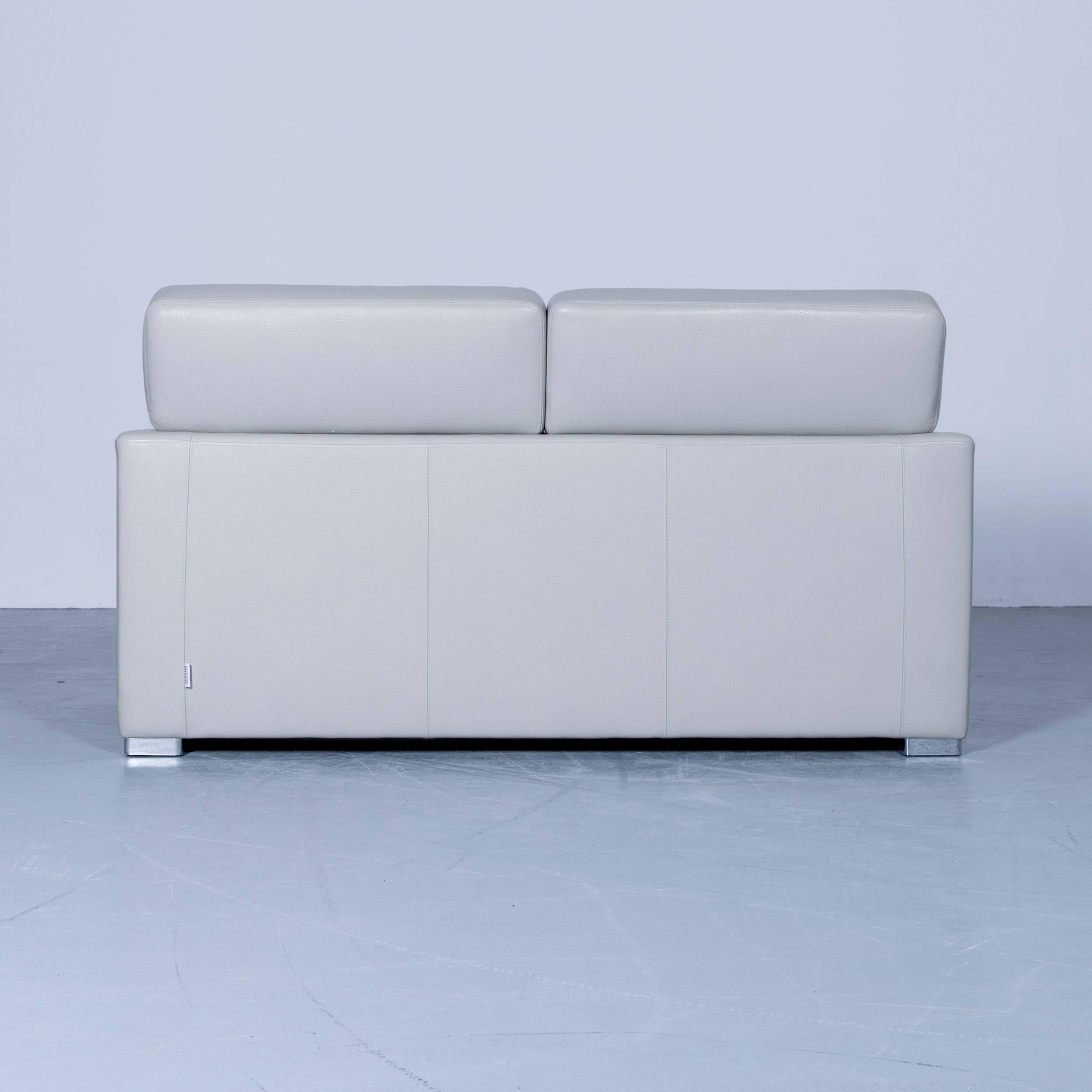 polstermbel design cheap amazing comfortable rolf benz sofa in blue with white cushions in. Black Bedroom Furniture Sets. Home Design Ideas