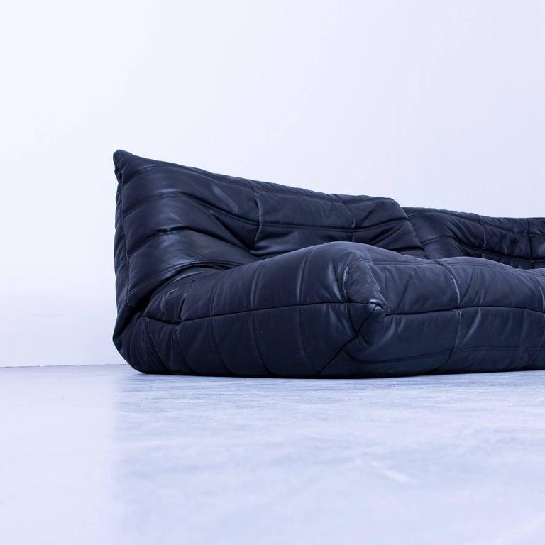 ligne roset togo designer corner sofa black leather two seat retro couch at 1stdibs. Black Bedroom Furniture Sets. Home Design Ideas