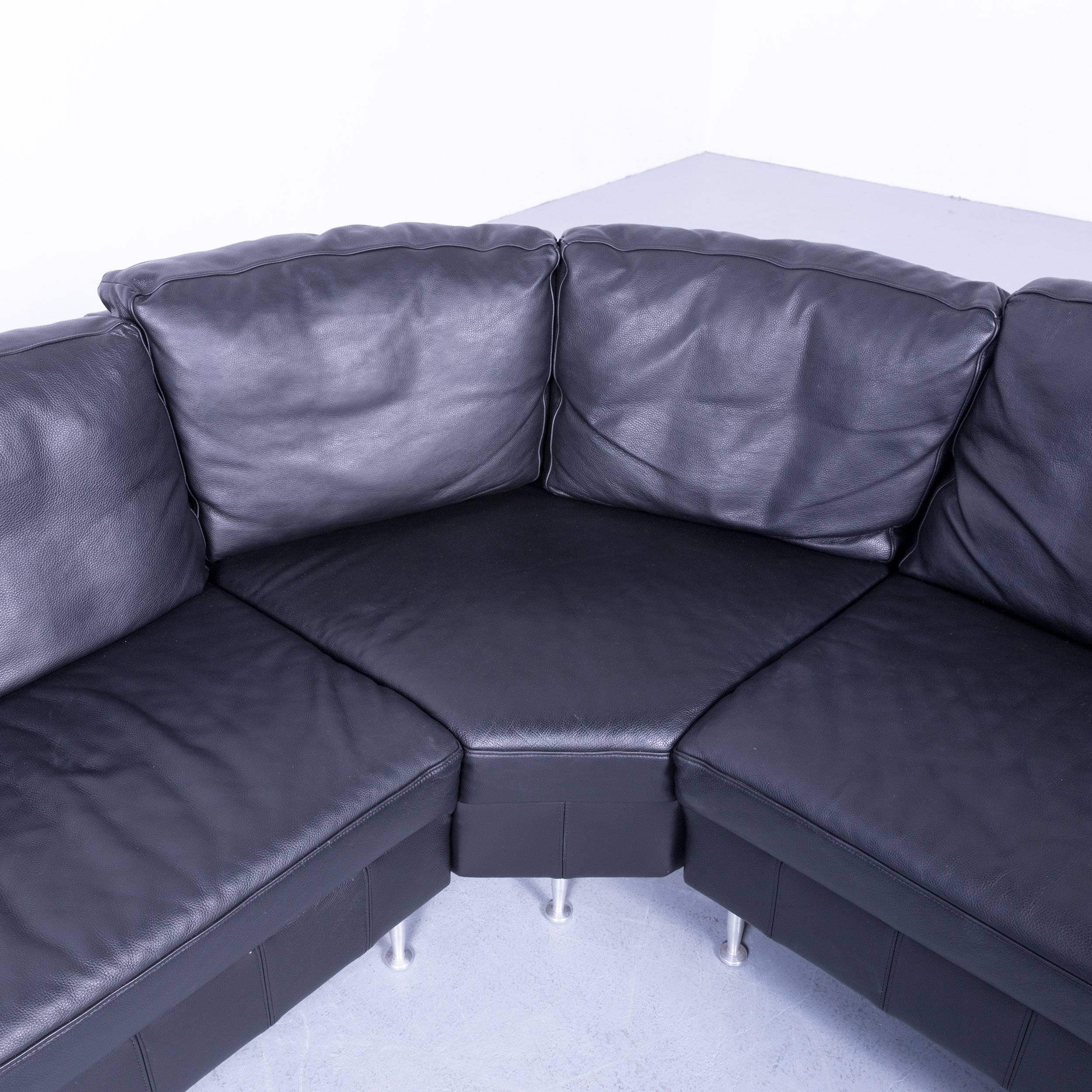 AuBergewohnlich Designer Corner Sofa Leather Black Modern Couch With Metal Feet For Sale 1
