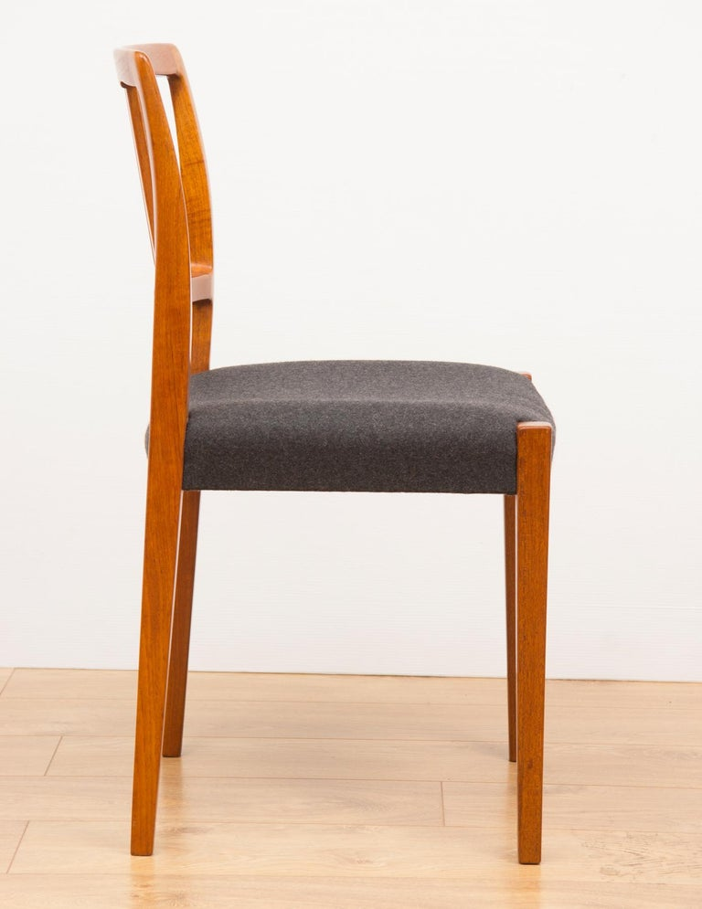 Set of 4 Teak Dining Chairs by Hugo Troeds Bjärnum, Swedish, circa 1960s In Good Condition For Sale In Surbiton, GB