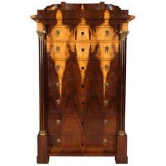 20. Jahrhundert Kommode mit Palisander Furnier im Biedermeier Stil
