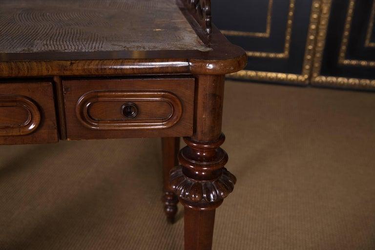 19th Century, Historical Ladies Desk of the Late Biedermeier, Mahogany Veneer For Sale 2