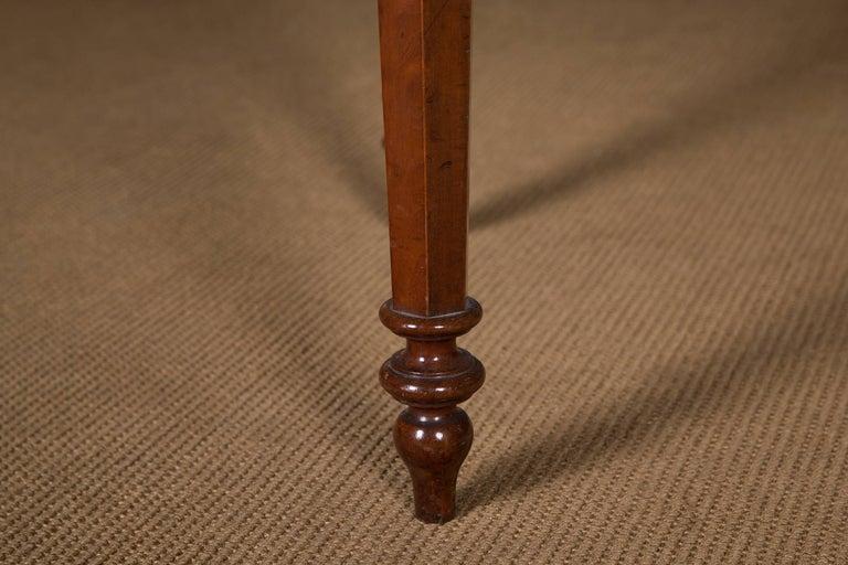 19th Century, Historical Ladies Desk of the Late Biedermeier, Mahogany Veneer For Sale 3
