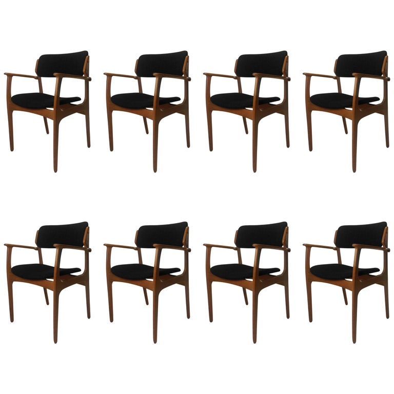 1950s Erik Buch Set of Eight Model 50 Armchairs in Oak and Black Fabric For Sale