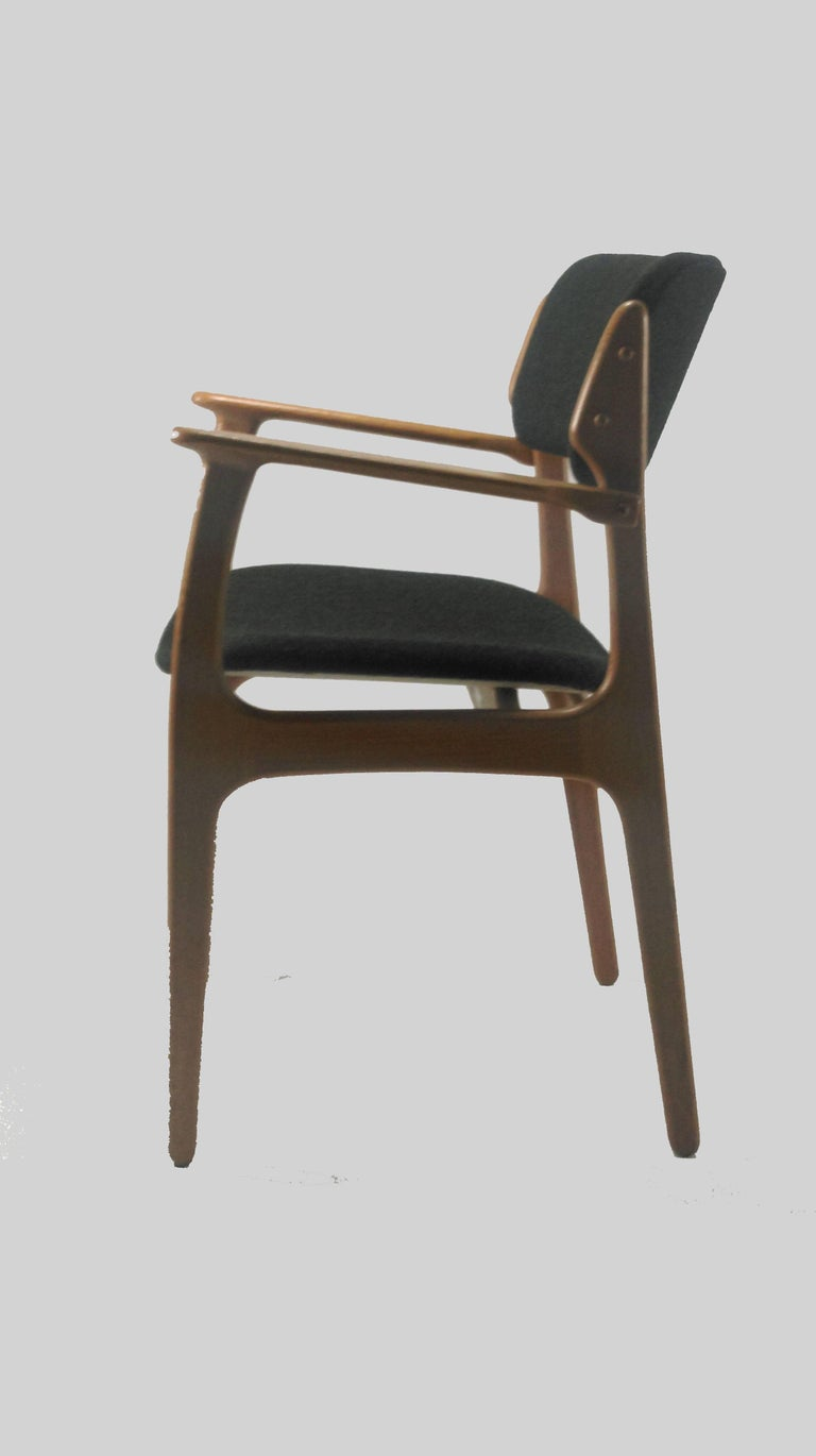 Scandinavian Modern 1950s Erik Buch Set of Eight Model 50 Armchairs in Oak and Black Fabric For Sale