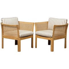 1960s Illum Wikkelsø Plexus Lounge Chairs in Oak and White Fabric CFC Silkeborg