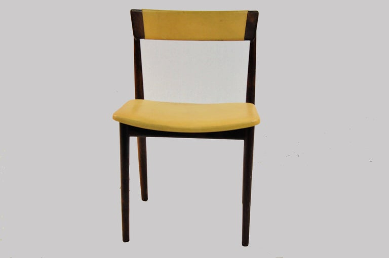 Set of ten model 39 dining chairs in rosewood and beige leather designed by Henry Rosengren Hansen for Brande Møbelindustri, Denmark, in the 1960s.   The well crafted dining chairs have been overlooked and refinished by our cabinetmaker and