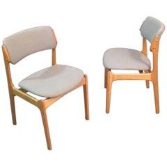 1960s Set of Eight Erik Buch Model 49 Oak Dining Chair for Odense Maskinsnedkeri
