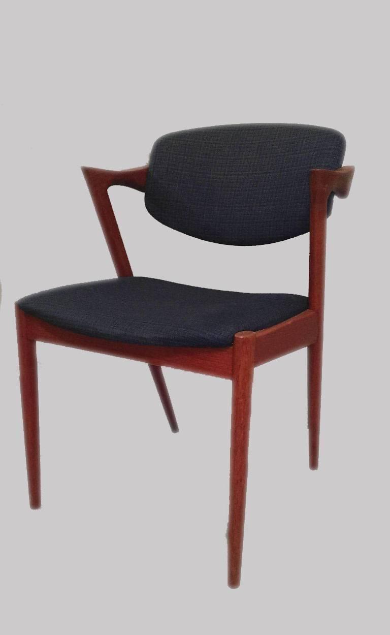 Scandinavian Modern 1960s Kai Kristiansen Set of Six Dining Chairs in Teak - Inc. Reupholstery For Sale