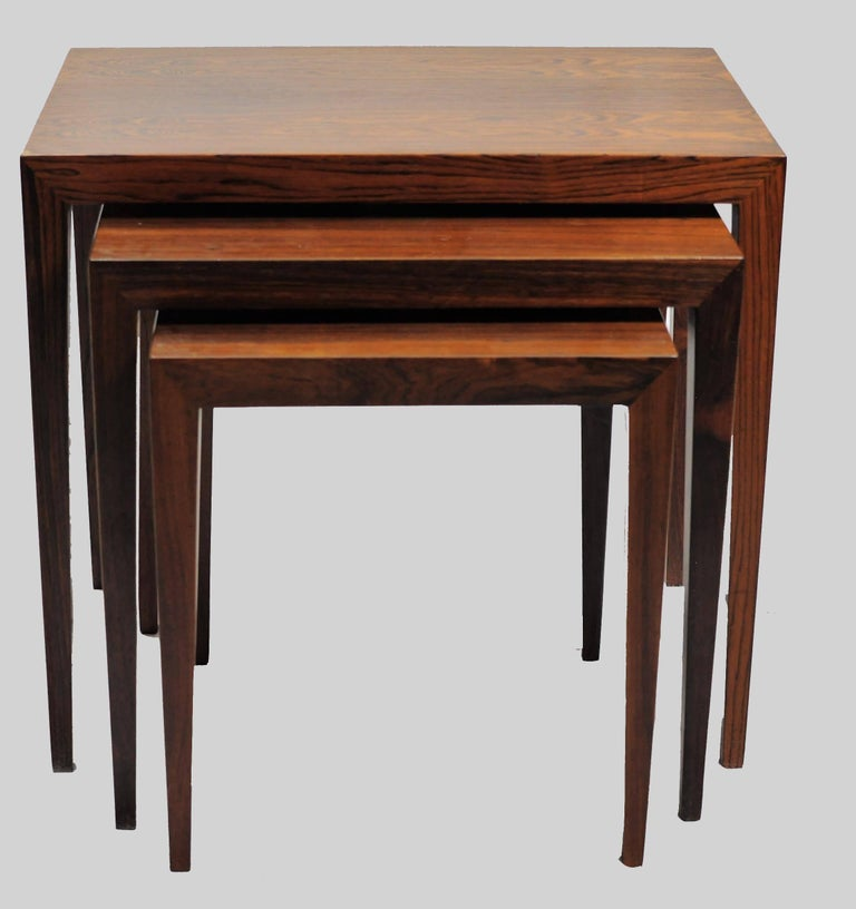 Scandinavian Modern 1960s Severin Hansen Set of Nesting Tables in Rosewood by Haslev Mobelsnedkeri For Sale