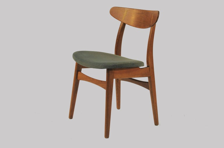 Woodwork 1950s Set of Six Hans Wegner Dining Chairs CH30 in Oak, Teak and Green Fabric