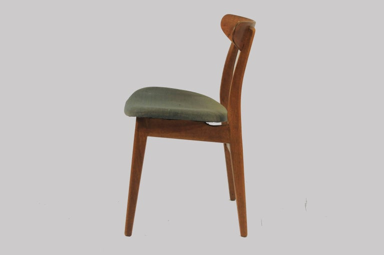 1950s Set of Six Hans Wegner Dining Chairs CH30 in Oak, Teak and Green Fabric In Good Condition In Knebel, DK