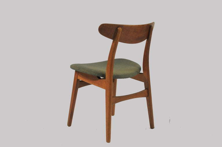 Mid-20th Century 1950s Set of Six Hans Wegner Dining Chairs CH30 in Oak, Teak and Green Fabric