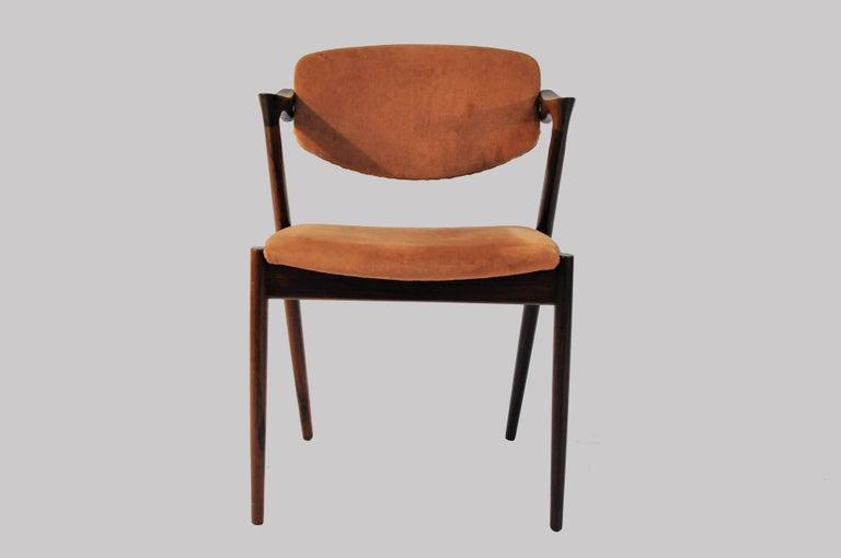 Scandinavian Modern 1960s Set of 12 Kai Kristiansen Model 42 Dining Chairs in Rosewood  For Sale