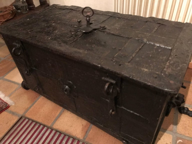 Exclusive 16th Century Strong Box Spanish with Original Wheels and Key  11 slots For Sale 3