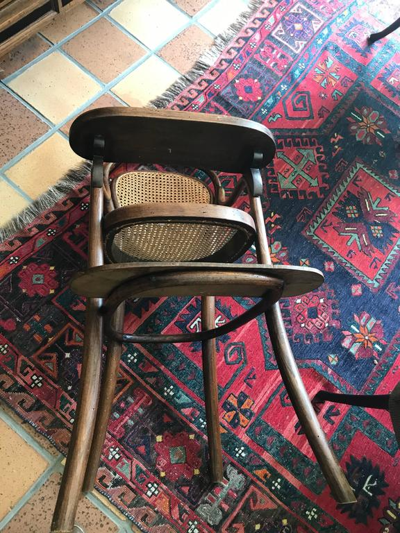 Jugendstil Thonet bentwood  Child Chair Nr 1 Stamped Thonet 1904 Kinder 'Stoel' Stuhl! For Sale
