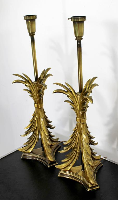 Hollywood Regency Pair of Solid Brass Ornate Chapman Table Lamps, 1980s In Good Condition For Sale In Keego Harbor, MI