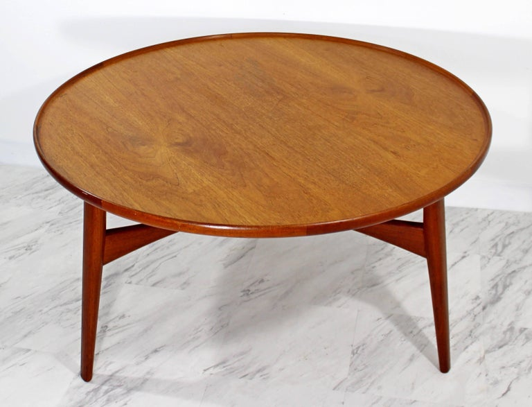Mid Century Modern Round Danish Teak Coffee Table By Madsen And Larsen For Beck At 1stdibs