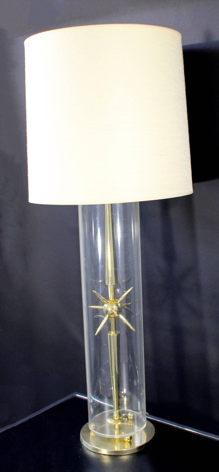 Mid-Century Modern Sputnik Atomic Glass & Brass Table Lamp by Mutual Sunset Co. In Good Condition For Sale In Keego Harbor, MI