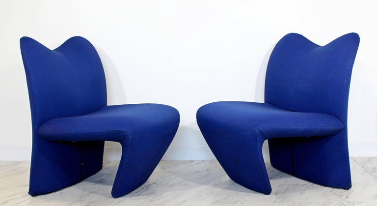 Mid-Century Modern Pair of Sculpted Accent Chairs Paulin Panton Style Italian In Good Condition For Sale In Keego Harbor, MI