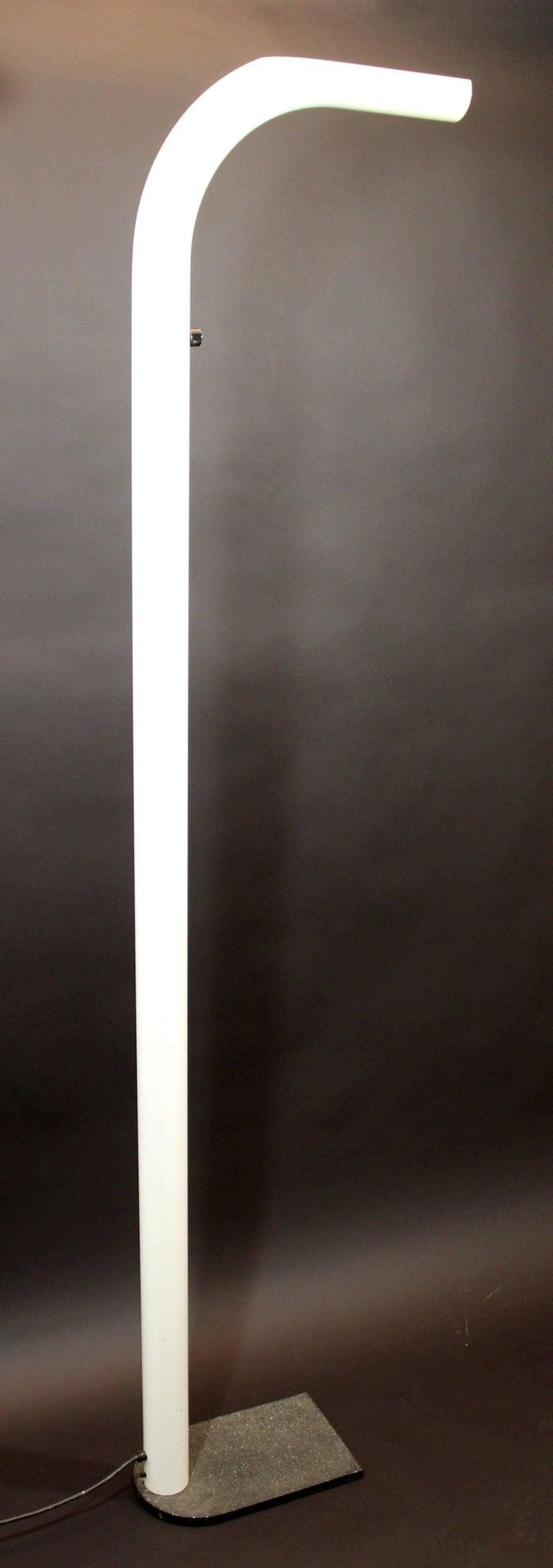 Italian Mid-Century Modern White Lacquer Metal Halogen Oca Floor Lamp by Eleusi, Italy For Sale