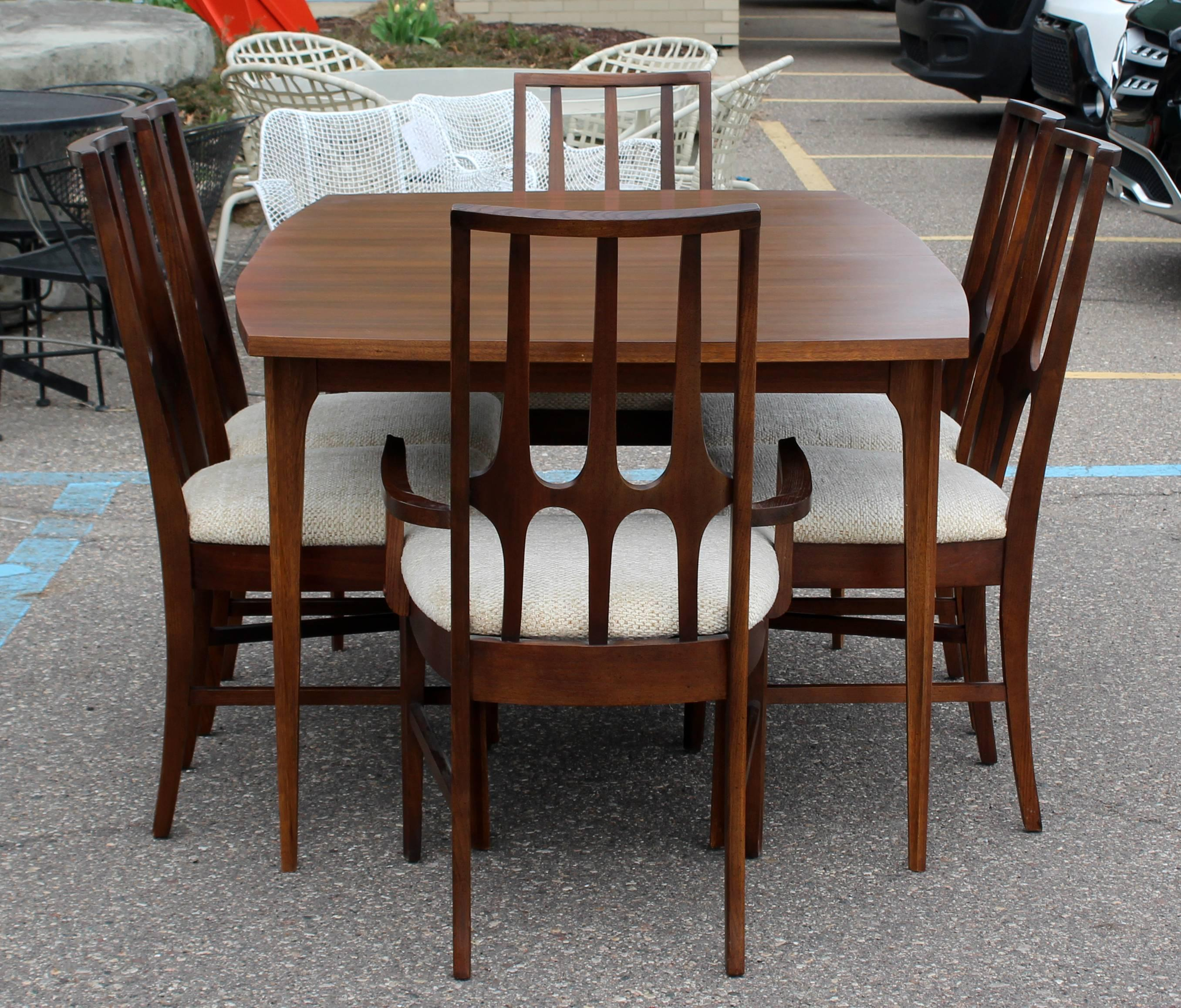 American Mid Century Modern Niemeyer Broyhill Brasilia Dining Set Table Six  Chairs, 1960s For