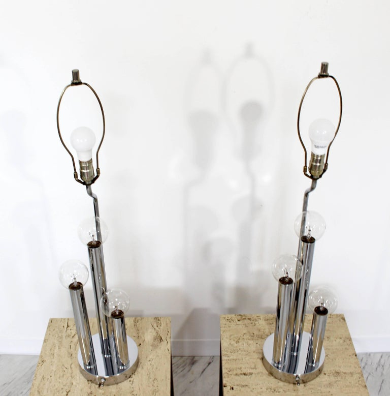 American Mid-Century Modern Robert Sonneman Pair of Chrome Three Bulb Table Lamps 1970s For Sale