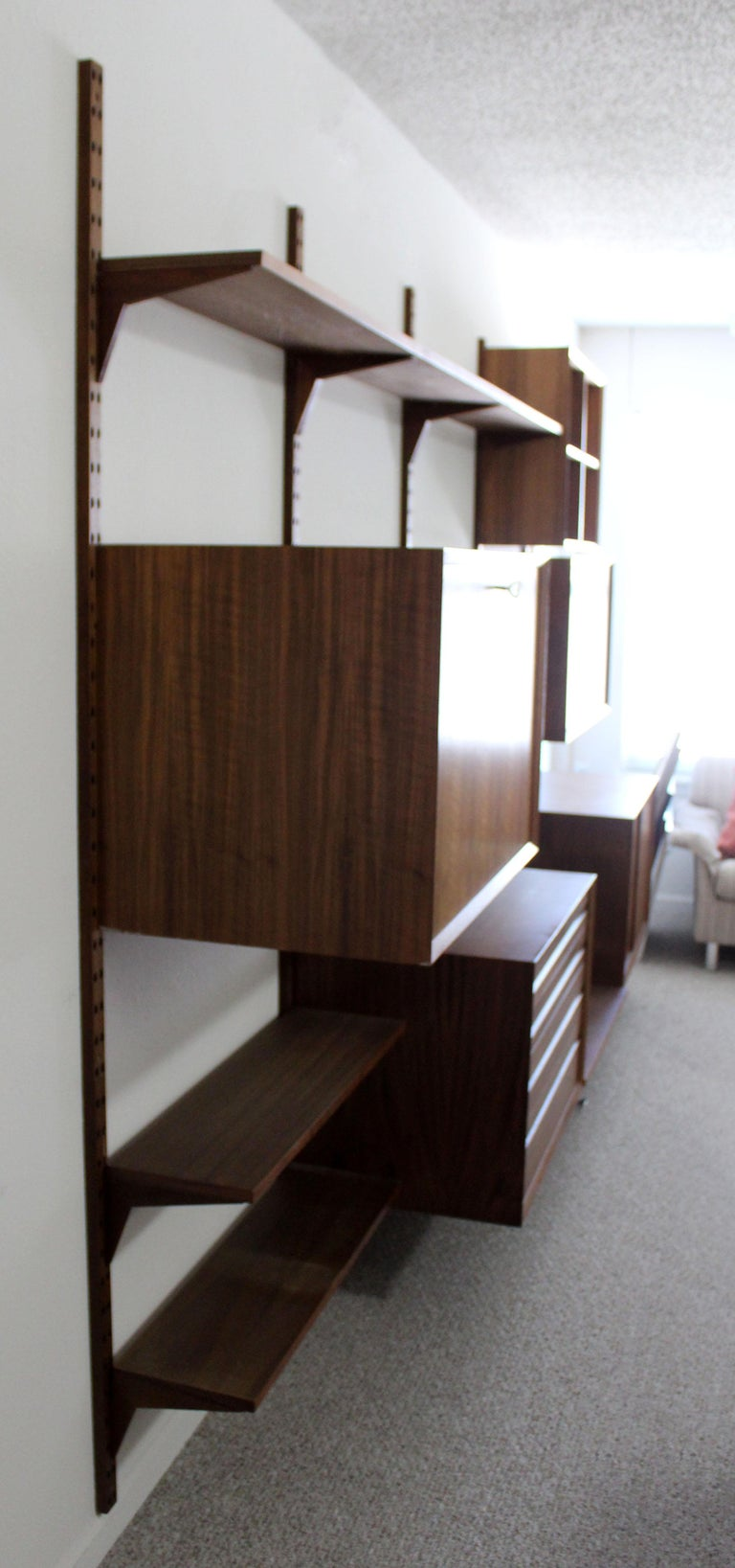 Mid Century Modern Founders Walnut Wall Mounted Shelving Unit Nelson Style For 6