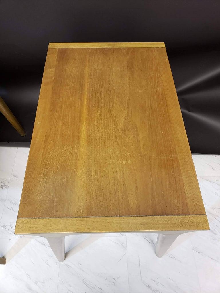 Mid-Century Modern Pair of John Van Koert for Drexel Walnut Side End Tables For Sale 3
