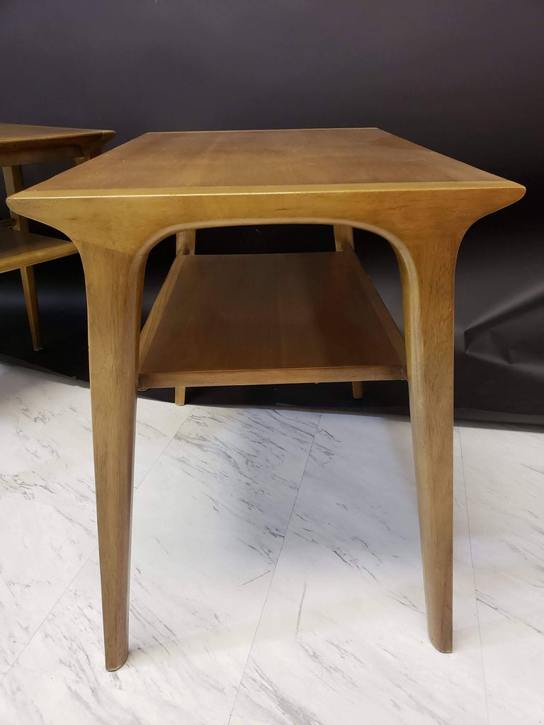 Mid-Century Modern Pair of John Van Koert for Drexel Walnut Side End Tables For Sale 2