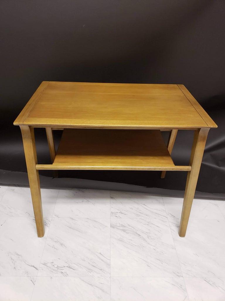 Mid-Century Modern Pair of John Van Koert for Drexel Walnut Side End Tables For Sale 1