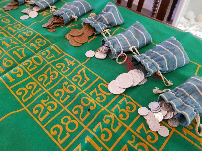 1950s Vintage French Roulette Game In Good Condition For Sale In Raalte, NL