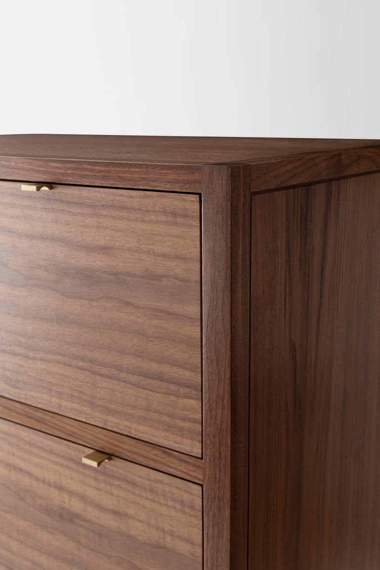 Laska Dresser, Figured Walnut, Six Drawers, Show Sample In Excellent Condition For Sale In Brooklyn, NY