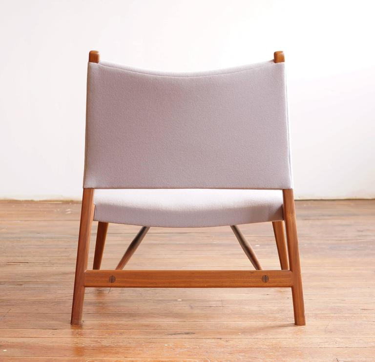 C05 Lounge Chair by Jason Lewis, Solid Walnut with Wool Upholstery In Excellent Condition For Sale In Chicago, IL