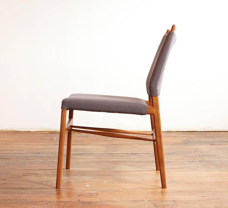 C05. Modern Upholstered Dining Chair In Walnut And Wool