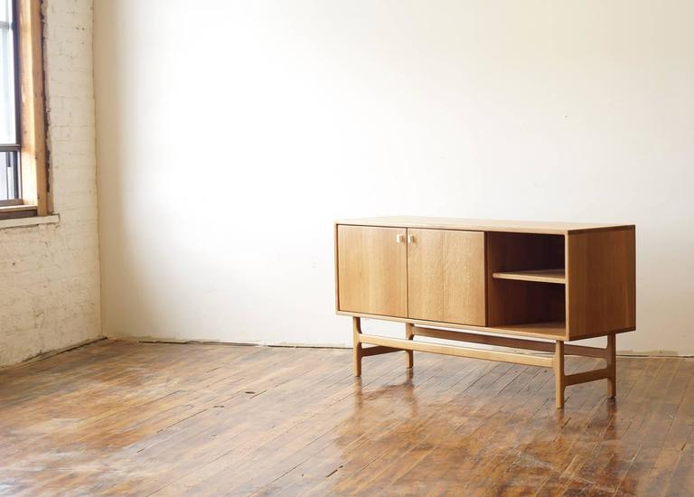ST03 Sideboard in Solid White Oak with Carved Corian Door Handles For Sale at 1stdibs