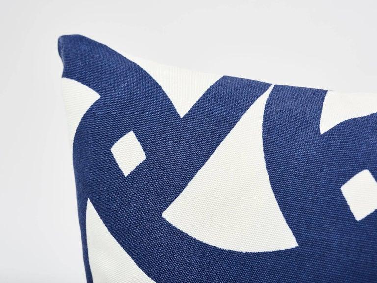 American Schumacher Santorini Indoor/Outdoor Geometric Marine Blue Two-Sided 18