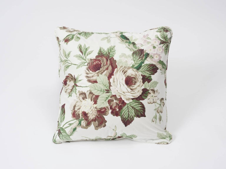 Voluptuous rose blossoms are the hallmark of Nancy, a crisp glazed cotton that is printed in France. It's an exuberant Schumacher x Vogue Living pattern that creates a certain mood with its colorway. This decor accent is an exquisite and timeless