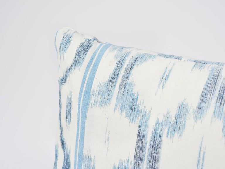 Indian Schumacher Mark D. Sikes Santa Monica Ikat Indigo Blue Lumbar Pillow For Sale
