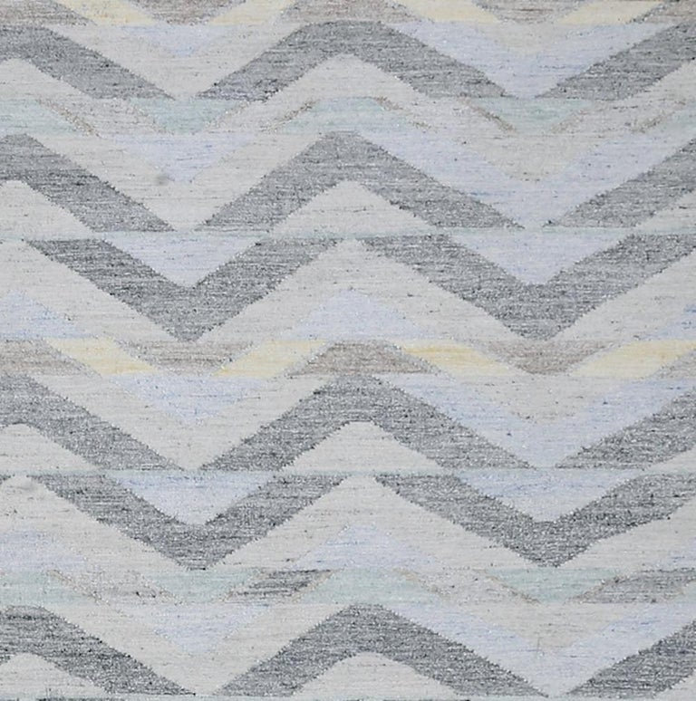 Modern Schumacher Solona Area Rug in Hand Woven Viscose by Patterson Flynn Martin For Sale
