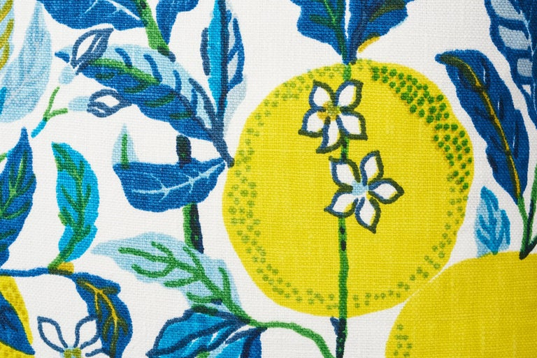 Schumacher Citrus Garden Josef Frank Linen Pool Blue Two-Sided Pillows, Pair In New Condition For Sale In New York, NY