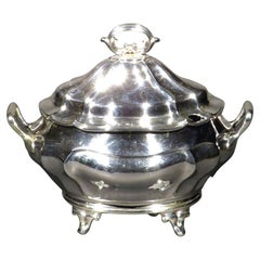 A Very Handsome Sterling Silver Lidded Sauce Tureen, Hallmarked London 1903