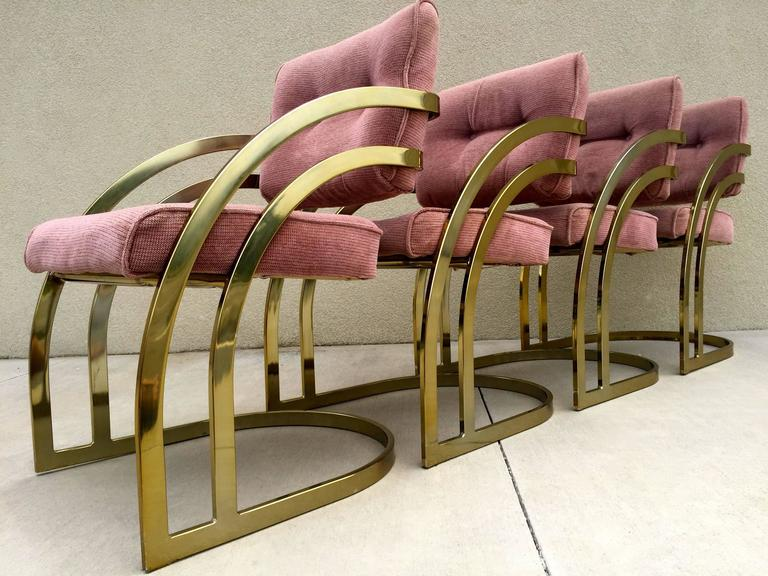 Merveilleux Hollywood Regency Four Milo Baughman Style Cantilever Brass Dining Chairs  For Sale