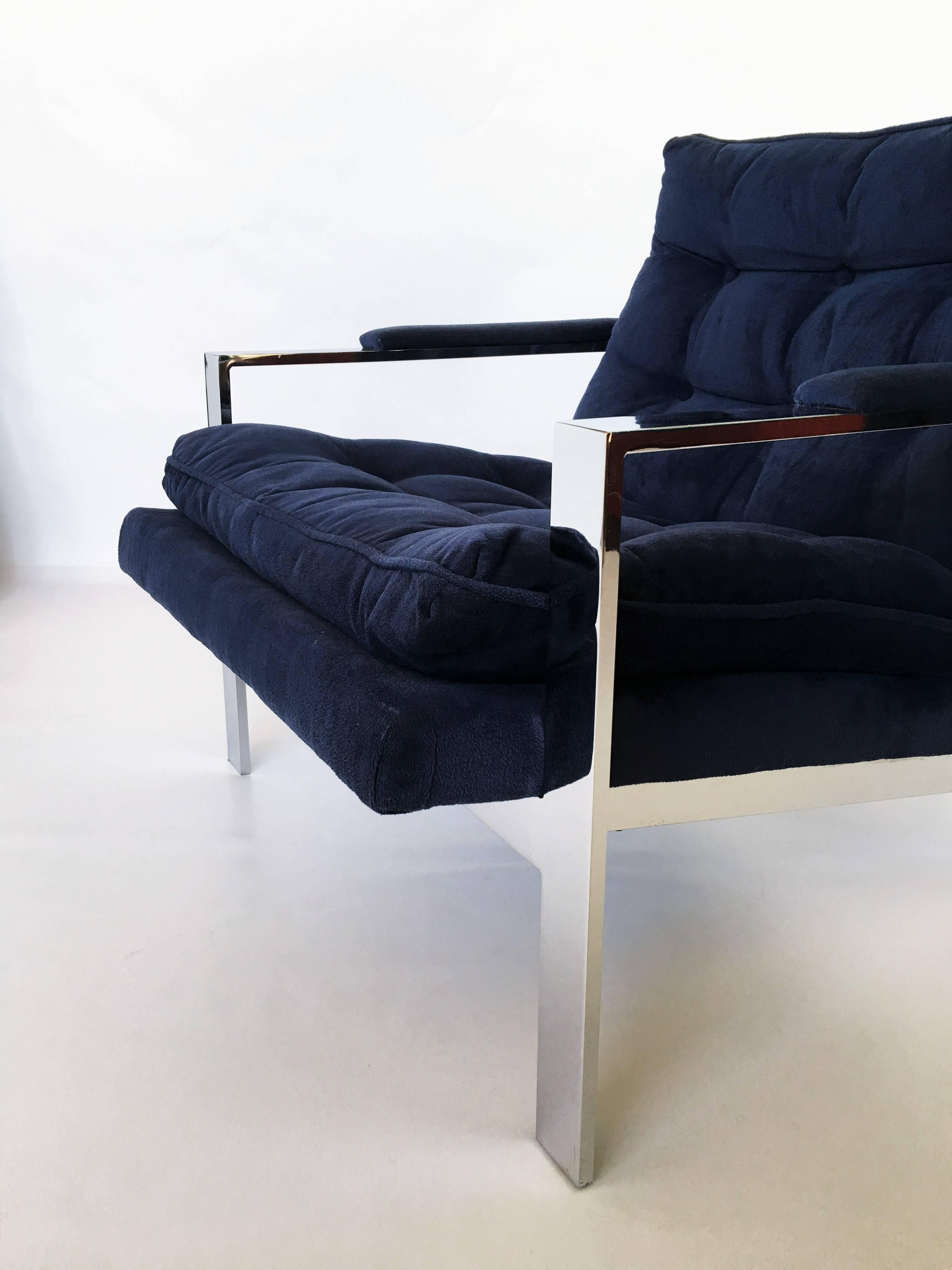 Late 20th Century Pair Of Chrome Flat Bar Lounge Chairs By Cy Mann For Sale